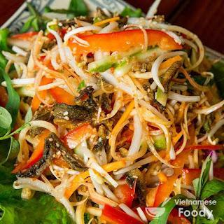 Vietnamese Banana Blossom Salad (Nom Hoa Chuoi)