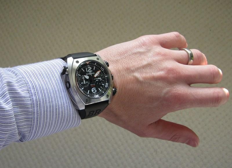 http://img163.imageshack.us/img163/4974/wristshirt.jpg