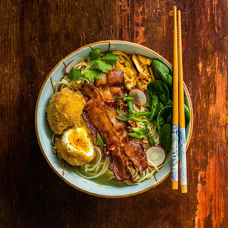 Bacon-and-Egg Ramen Noodle Bowl