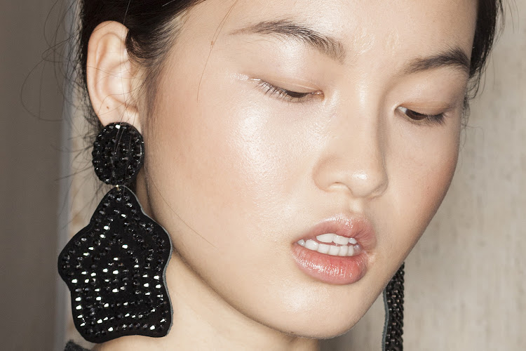 Keep your skin illuminated and hydrated through winter with these five easy steps