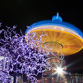 Sombrero by Augustin Galatanu - Abstract Light Painting ( light trail, spinning, carousel )