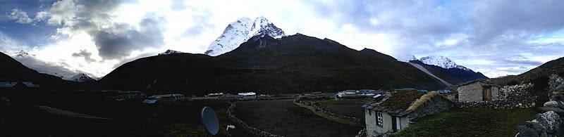 Photo: Ama Dablam (center), Island Peak (left), Lhotse (far left)