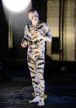 Photo: IM REICH DER TIERE von Roland Schimmelpfennig. Inszenierung: Roland Schimmelpfennig. Premiere 27. 2.2015. Oliver Stokowski. Copyright: Barbara Zeininger