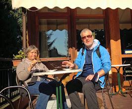 Photo: Weiter zum Kloster San Daniele. Nur die Starken schaffen den Anstieg. In der Bar gibt es zur Belohnung leckere Bio-Produkte, guten Kaffee und einen phantastischen Ausblick.