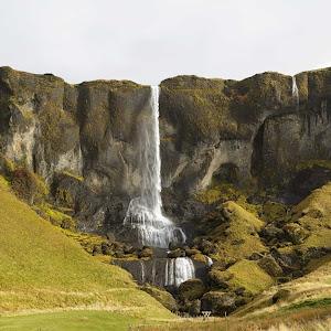 Iceland-Waterfall432A2212Web.jpg