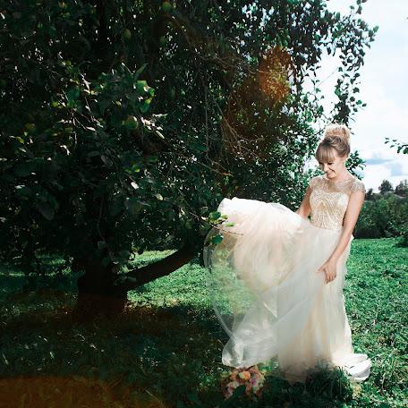 Wedding photographer Mariya Petnyunas (petnunas). Photo of 18.12.2017