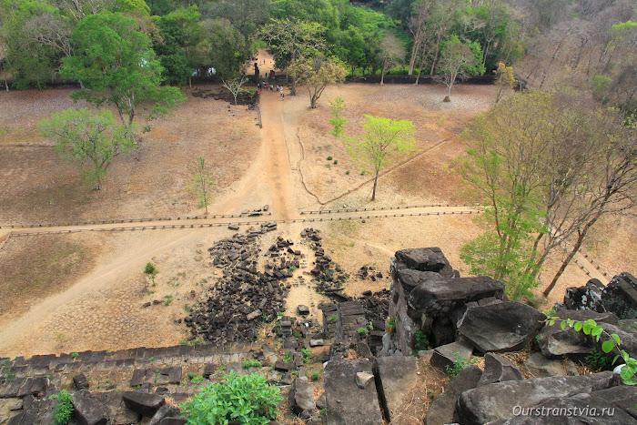 Пирамида Кох Кер, Камбоджа