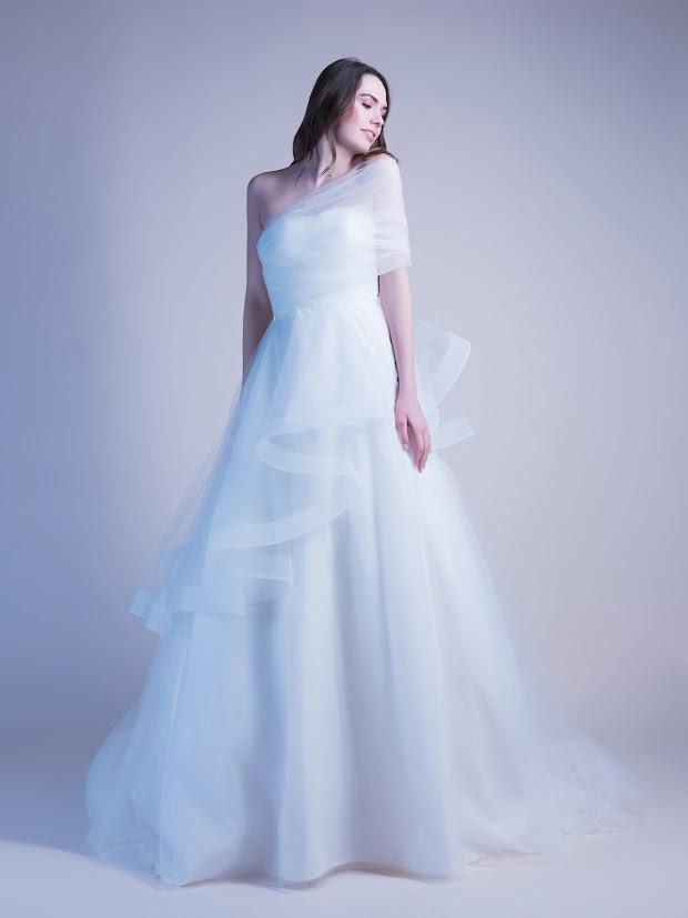 Robe de mariée Glycine, robe de mariée volants, robe de mariée légère, robe de mariée asymétrique