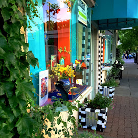 Side Streets by Leslie Hunziker - City,  Street & Park  Neighborhoods ( art, towns, shops, storefronts,  )