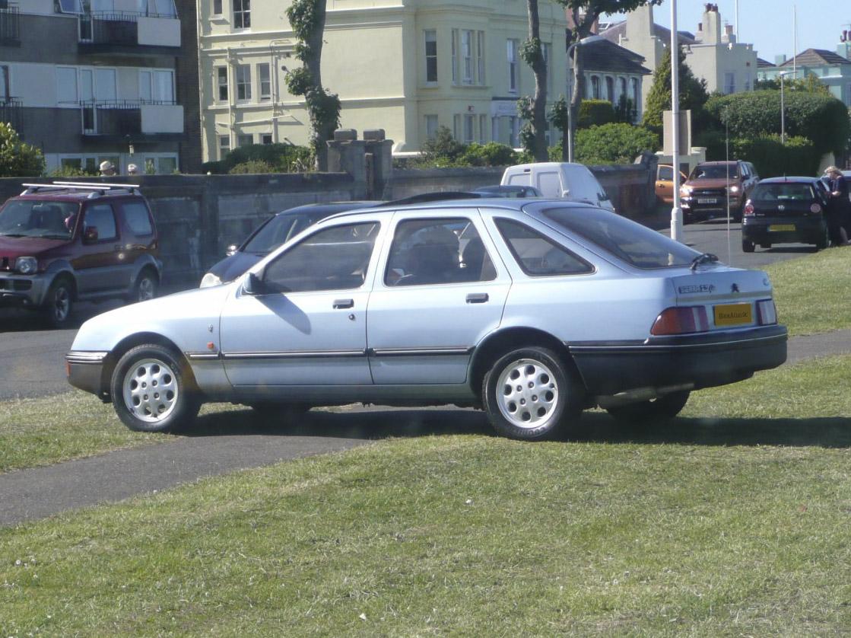 Ford Sierra 2.3 Ghia Hire Deal