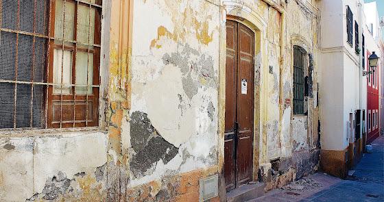 El peligro de las casas abandonadas