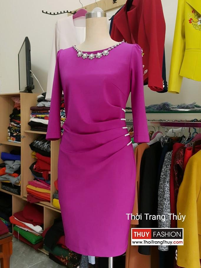 Váy dự tiệc xếp ly eo màu hồng sen đính hạt V496 tại Hải Phòng
