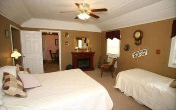 Tombstone Bordello Bed and Breakfast