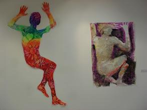 """Photo: Salvador Barco Martínez. """"Movimiento interior-movimiento exterior"""". Utiliza el autor una técnica mixta con pintura de dedos y ceras sobre papel."""
