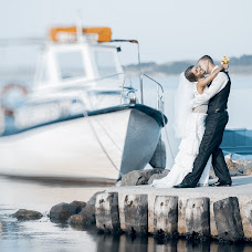Wedding photographer Aleksandr Legenya (legalex). Photo of 06.04.2014