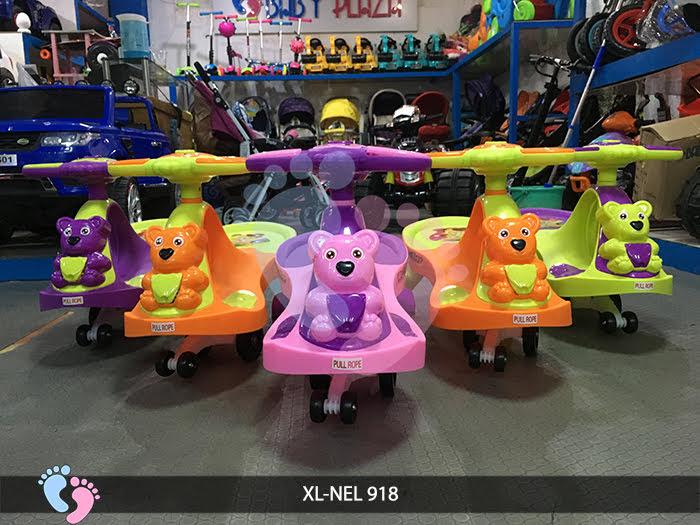 xe lắc trẻ em cho  bé 1 đến 3 tuổi