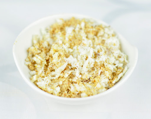 powdered nuts with coconut