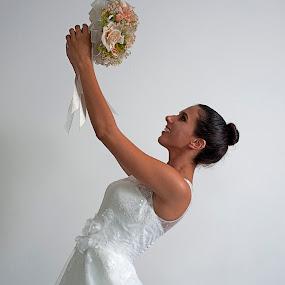 Bride by Cristobal Garciaferro Rubio - Wedding Bride ( young bride, bride, flowers, young lady, flower )