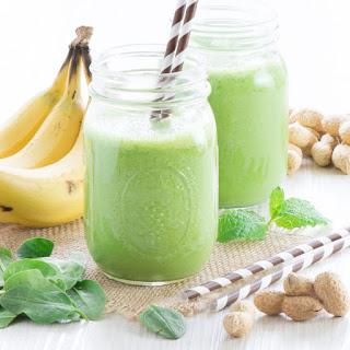 Banana, Peanut Butter & Mint Green Smoothie