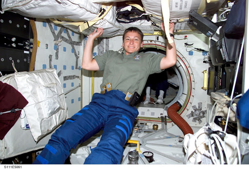Whitson in PMA 2 on the ISS during STS-111 UF-2 cargo transfer OPS