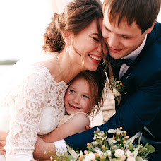 Wedding photographer Tonya Dokuchaeva (antoninadok). Photo of 19.03.2018