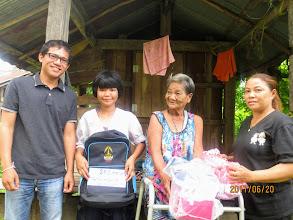 Photo: Alinya and Grandmother with Wi and Kanda