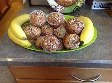 HONEY LICIOUS BANANA NUT MUFFINS
