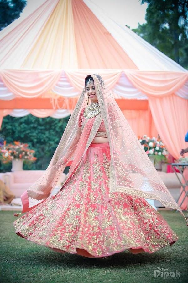 Bonito La última De Vestidos De Boda India Ideas Ornamento ...