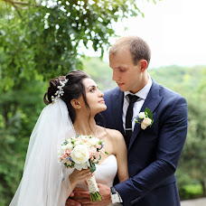Wedding photographer Darina Valuyskaya (vdarina). Photo of 02.10.2017