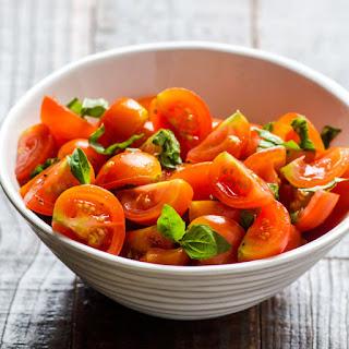 Simple Tomato Basil Salad