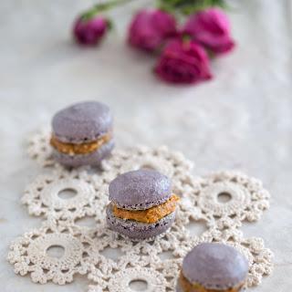Cinnamon Macarons with Dulce De Leche Filling Recipe