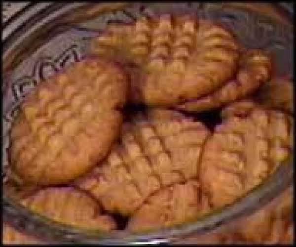 Mum's Peanut Butter Cookies Recipe