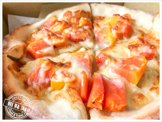 熟成台灣漬物披薩外帶專門店木瓜牛奶披薩
