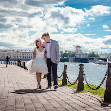 Wedding photographer Natalya Dubovik (Photostroll). Photo of 02.07.2016