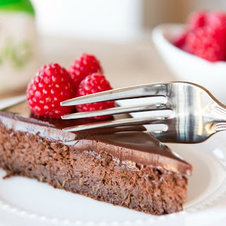 Magical Chocolate Cake Recipe- No Butter and No Added Sugar