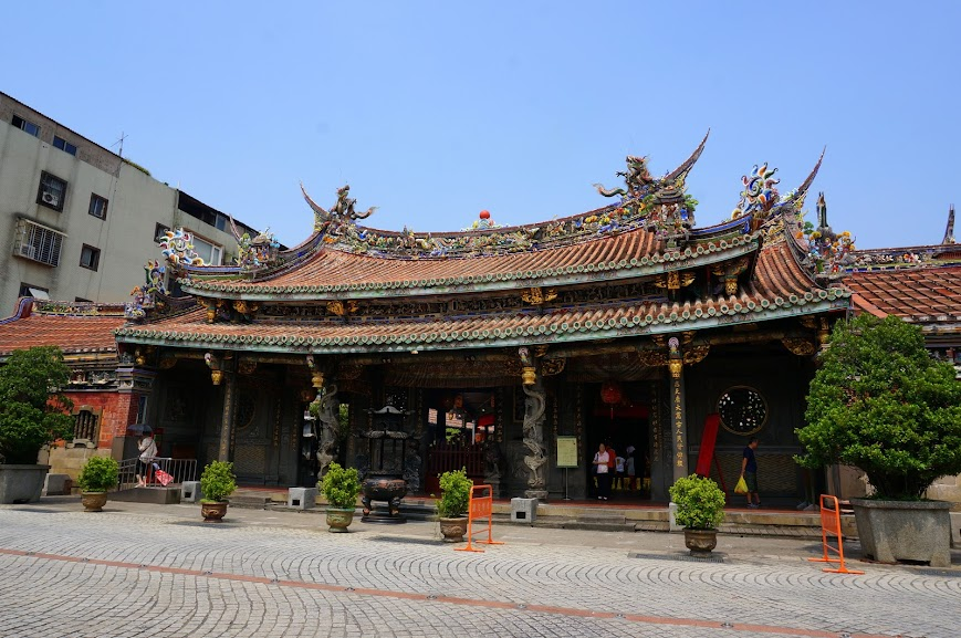Dalongdong Bao'an Temple (大龍峒保安宮)