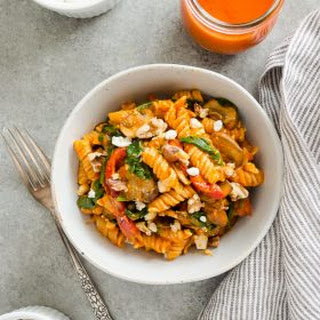 Roasted Red Pepper Pasta with Goat Cheese, Mushrooms, and Spinach {GF, VEG} Recipe
