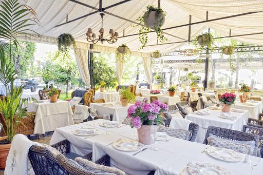 Банкетный зал «Летняя веранда» для свадьбы на природе 2
