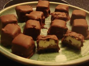 Chocolate Caramel Cheesecake Bites