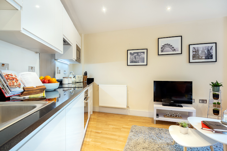 Fully equipped kitchen at Canary Gateway Apartments, Canary Wharf