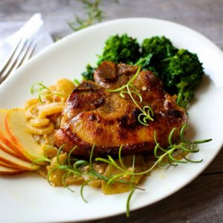 Pan-Seared Pork Chops with Apples and Onions Recipe