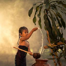 Playing Water , Water The Tree. by M Reza Saptodi - Babies & Children Child Portraits