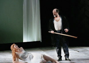 Photo: Wiener Staatsoper: LADY MACBTH VON MZENSK. 8.3.2015 Angela Denoke, Kurt Rydl. Foto: Wiener Staatsoper/Pöhn