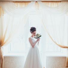 Wedding photographer Valentina Dokuchaeva (Vale4kaD). Photo of 14.03.2016