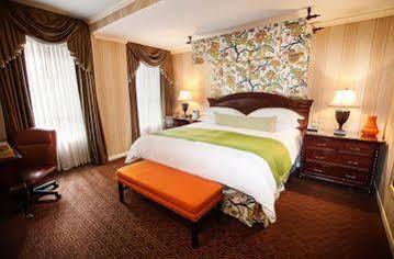 Talbott Hotel