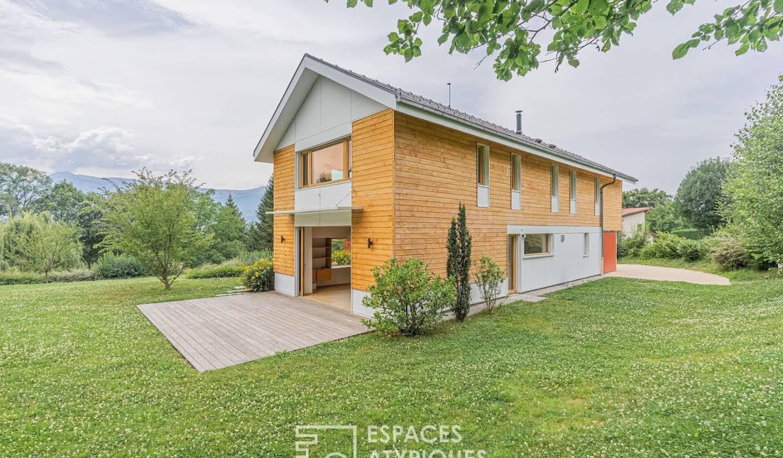 Maison avec terrasse Brié-et-Angonnes