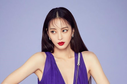 """Reporter Claims Han Ye Seul """"Slept With A Fat Man"""" After She Debuted As A Model"""