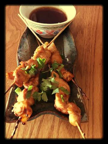 Vietnamese Chicken Skewers with dipping sauce