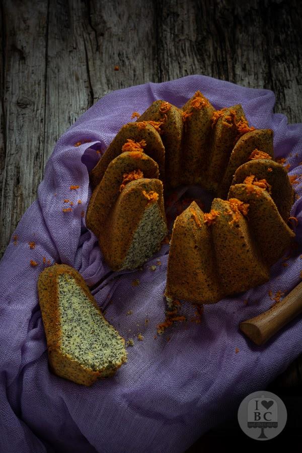 Bundt Cake de naranja y semillas de amapola