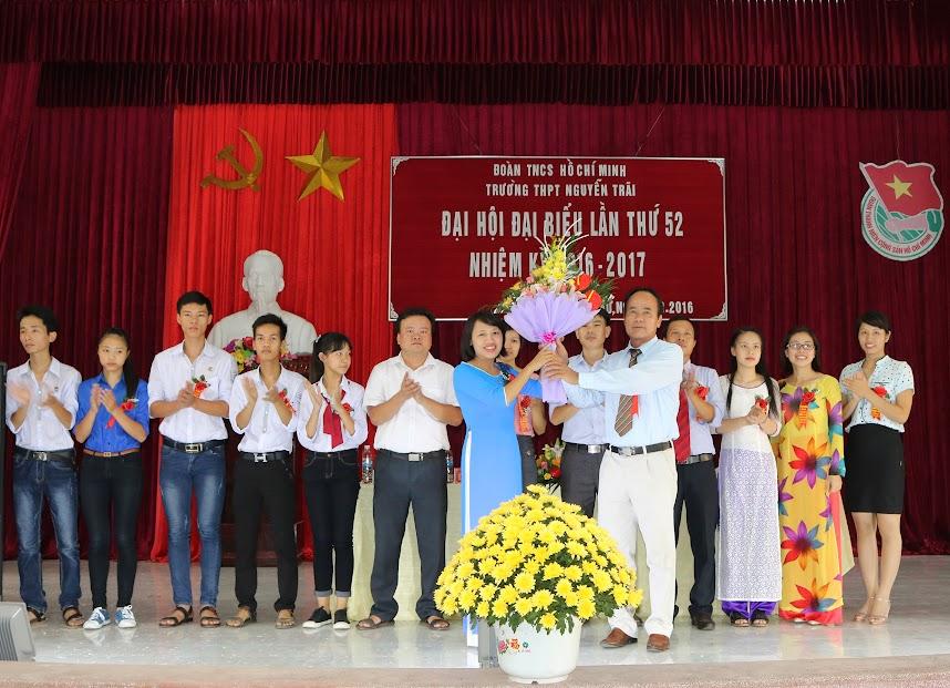 Đại hội đại biểu Đoàn TNCS Hồ Chí Minh Trường THPT Nguyễn Trãi lần thứ 52